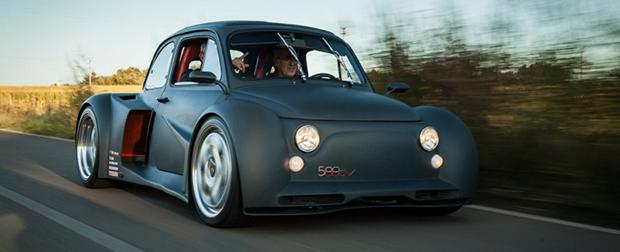 Coragem: Fiat 500 adaptado com motor V12 de um Lamborghini Murciélago