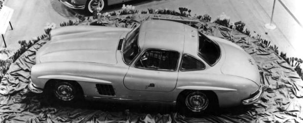 O clássico Mercedes-Benz SL completa 60 anos