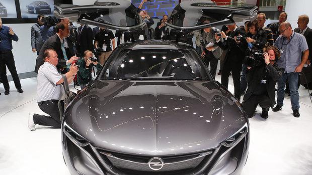 Conheça os três principais Salões de Automóvel do mundo