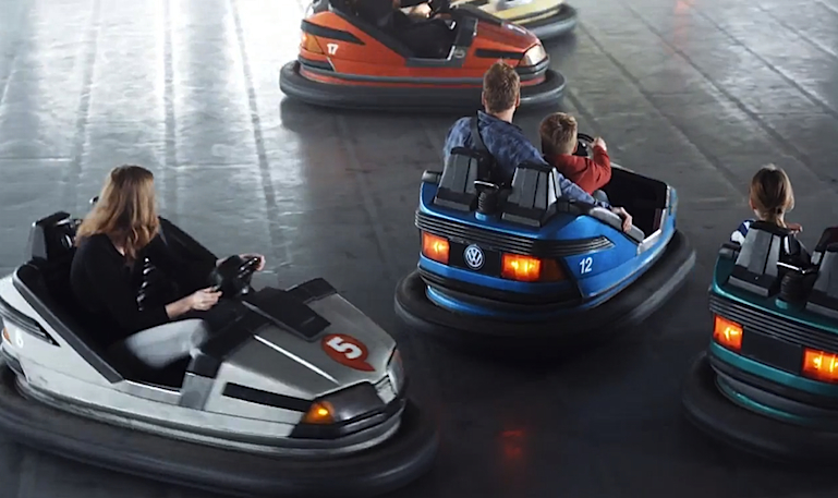 Campanha divertida da Volkswagen apresenta novo sistema de frenagem