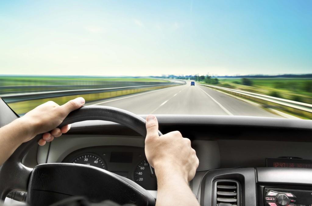 Cinco coisas para nunca fazer com seu carro