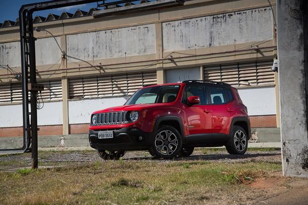 Jeep Compass e Renegade passam por recall de 92 mil unidades